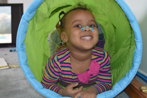 Tunnel Fun: Zoe
