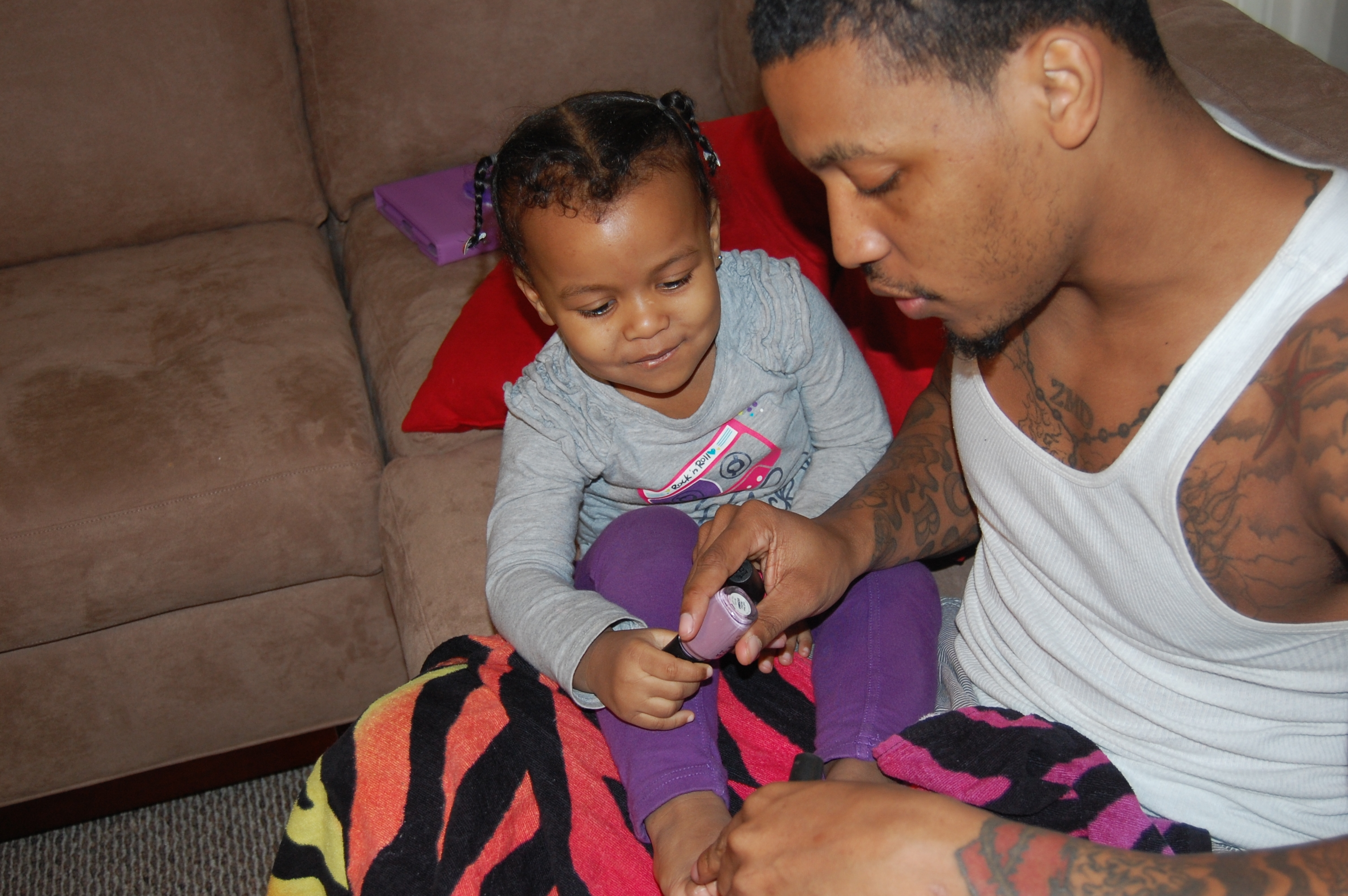 Dapper Daddies: Real Men Paint Nails! | Posh Mumsy