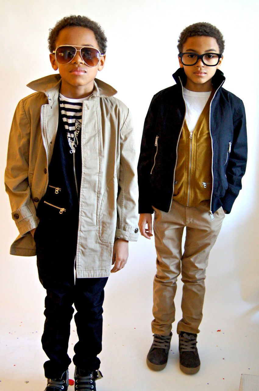 Fashion Friday: The Twins Tristin and Tyler! | Posh Mumsy